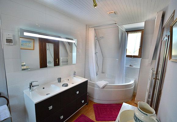 slide-perigourdine-salle-de-bains